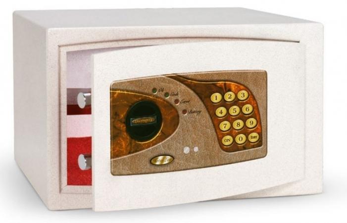 Сейф Technomax Moby Light 730/ELP (бежевый) электронный ключ, 13,5кг